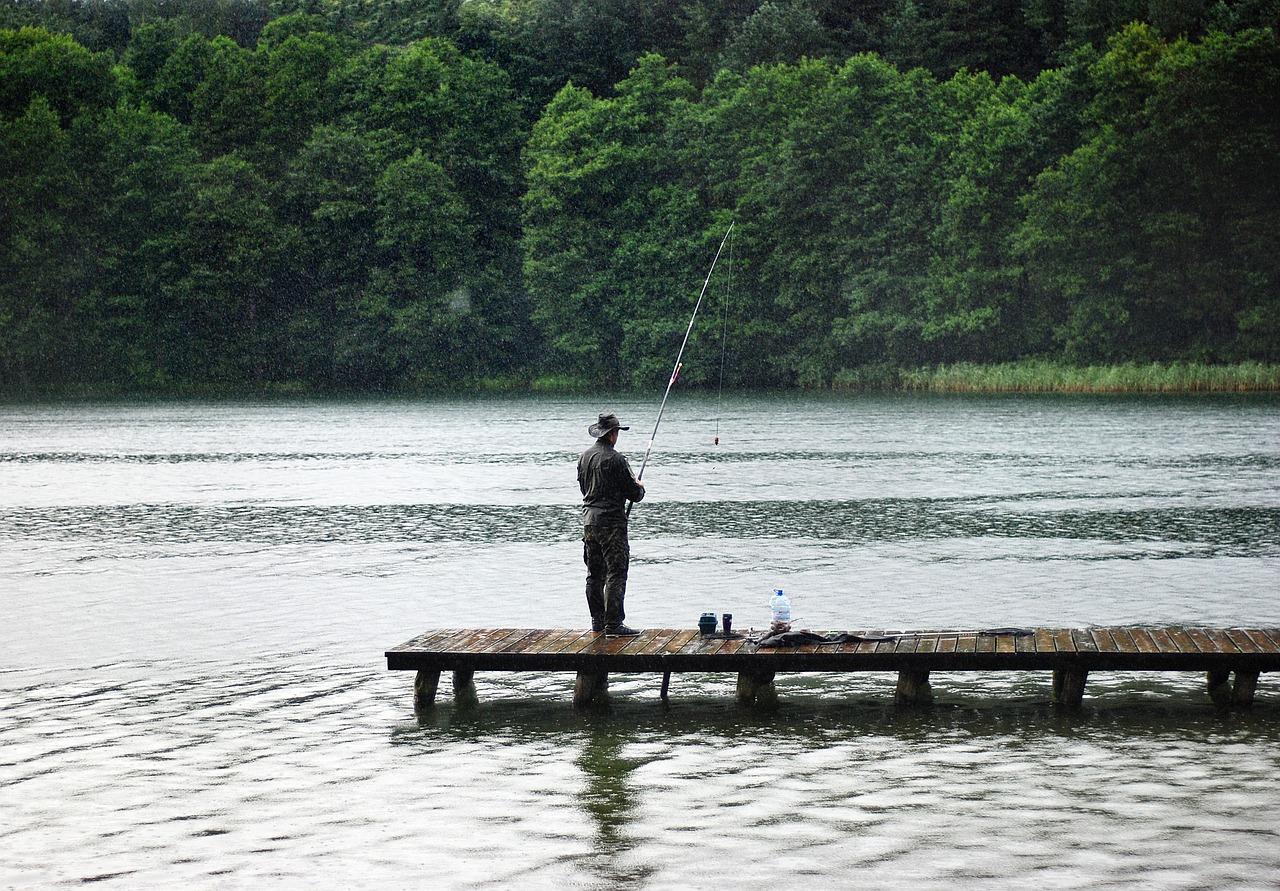 Gdzie warto wybrać się nad polskie jezioro?
