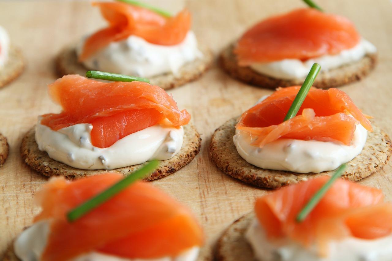Czy warto korzystać z cateringów na eventy?