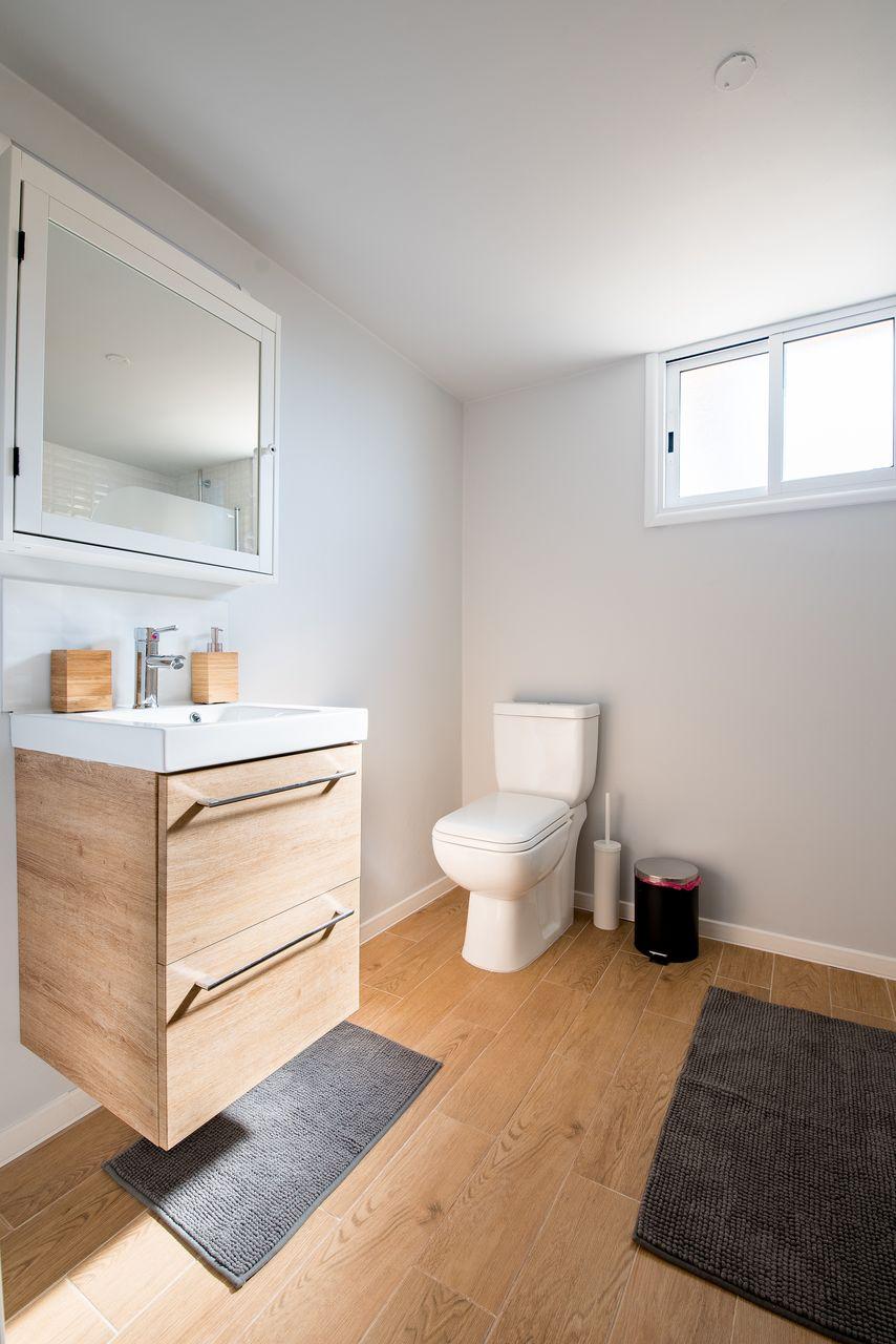 Nowoczesne rozwiązania aranżacyjne łazienki