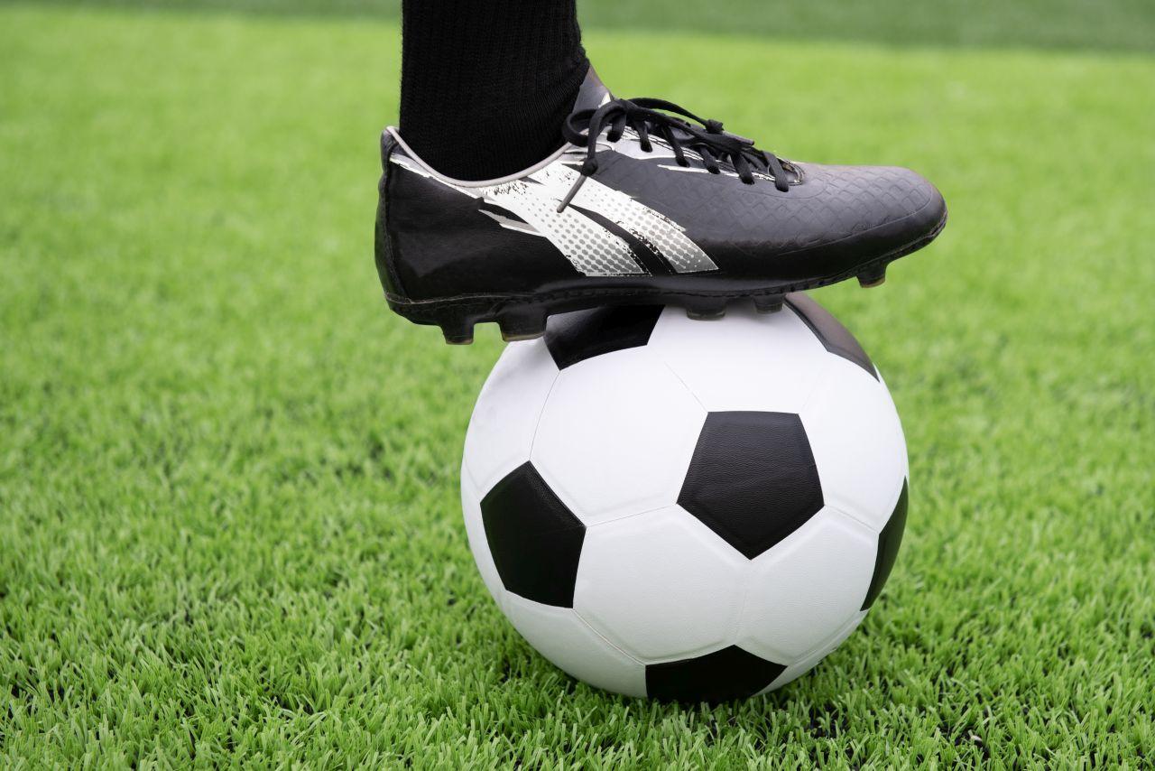 Co kupić przed grą w piłkę nożną?