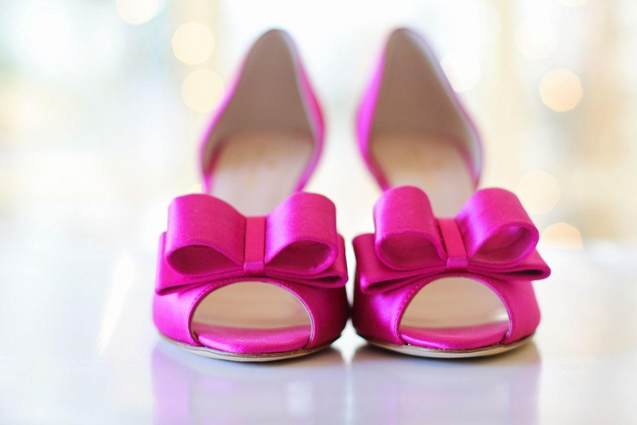 Kolory butów na lato – jakie są modne?