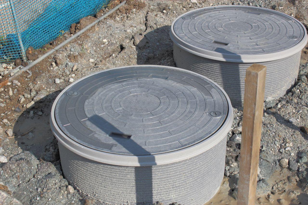 Najważniejsze zalety szamb betonowych