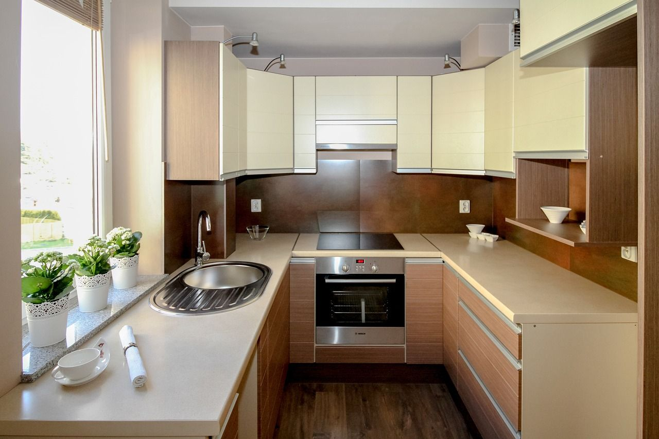 Gdzie trzymać garnki i naczynia w kuchni?
