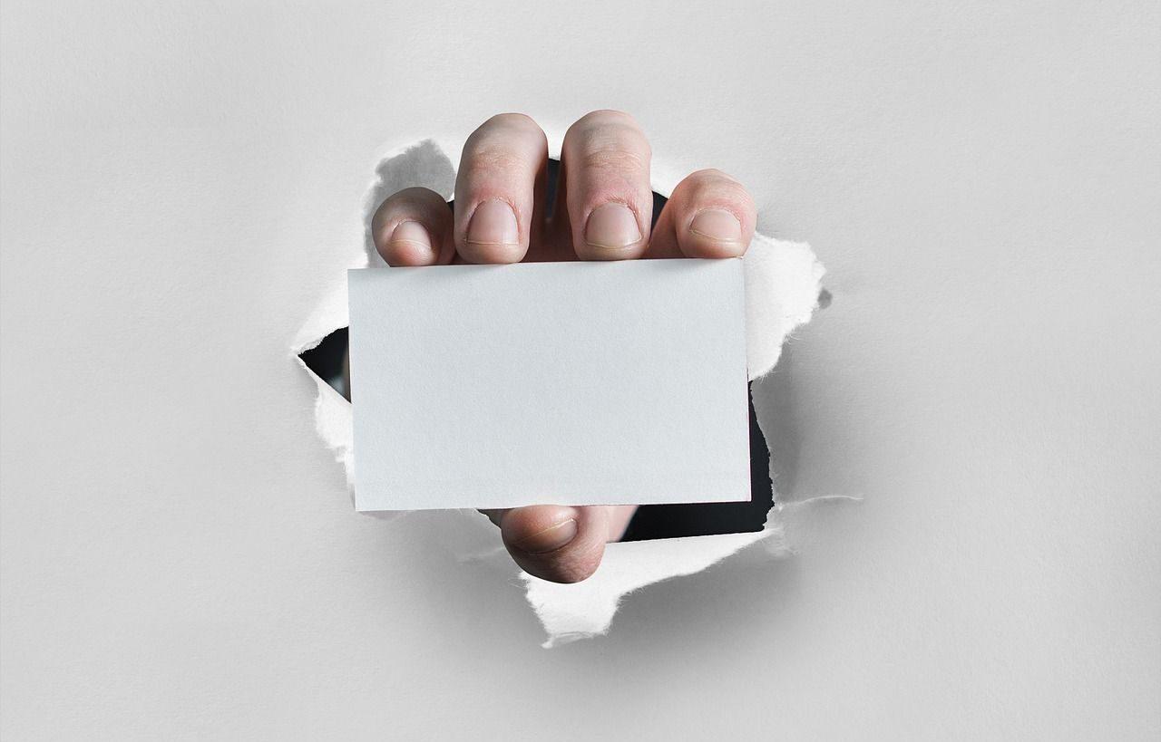 Jak dobrać projekt wizytówki do charakteru działalności firmy?