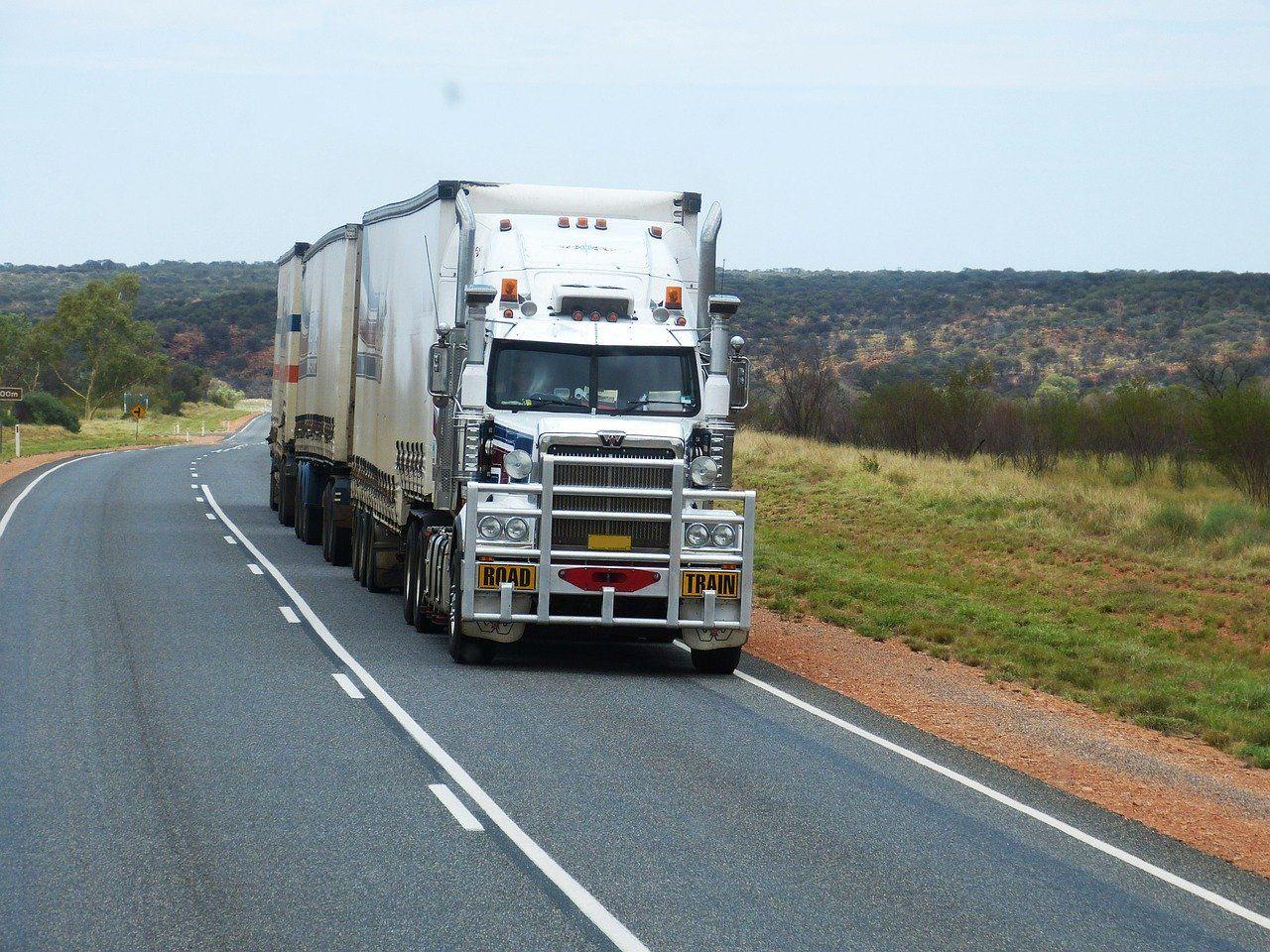 Jak wygląda międzynarodowy transport ponadgabarytowy?