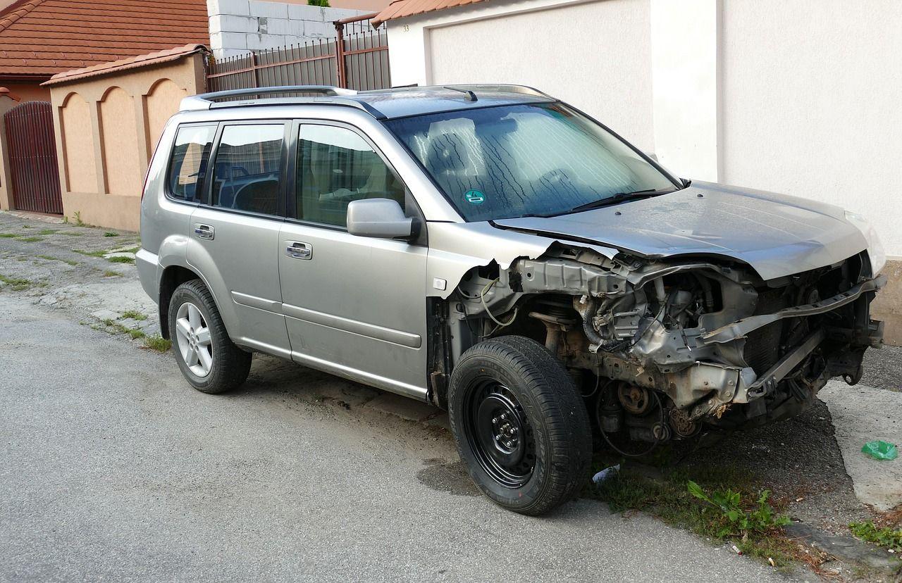 O czym należy pamiętać przy oddawaniu auta do skupu?