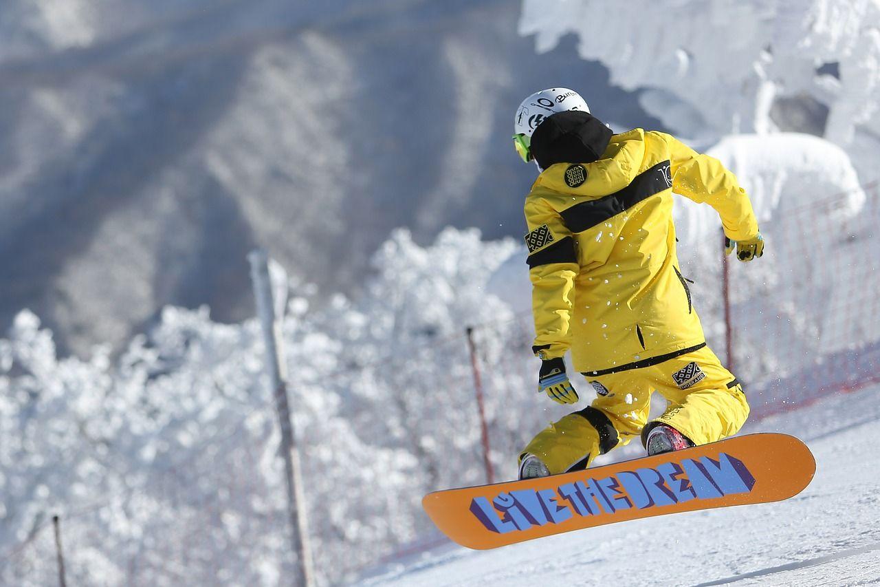Czy nauka jazdy na snowboardzie jest trudna?