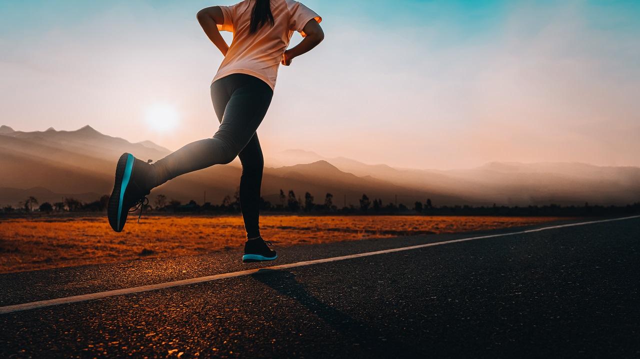 Wygodny strój do biegania – co kupić?