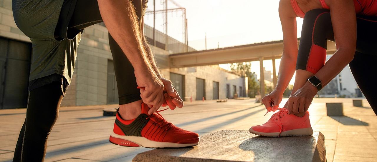 Jakie obuwie sportowe będzie odpowiednie do uprawiania codziennej aktywności fizycznej?