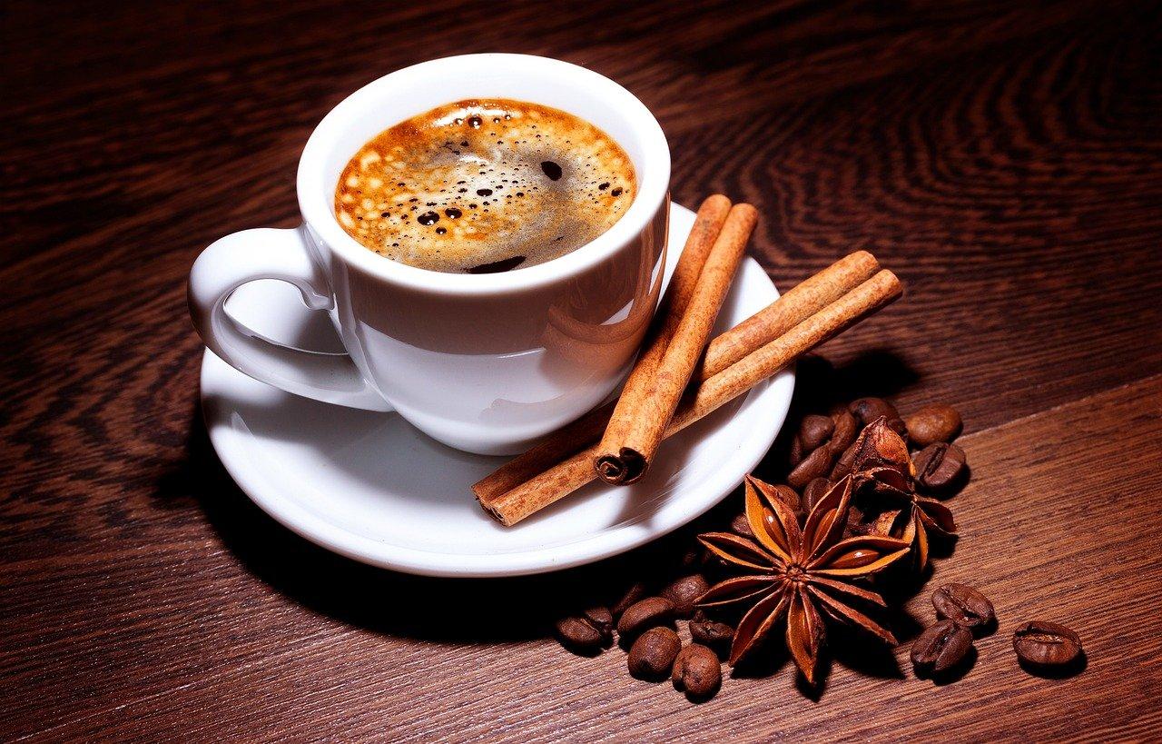 Jak urozmaicić sobie codzienny rytuał picia kawy?