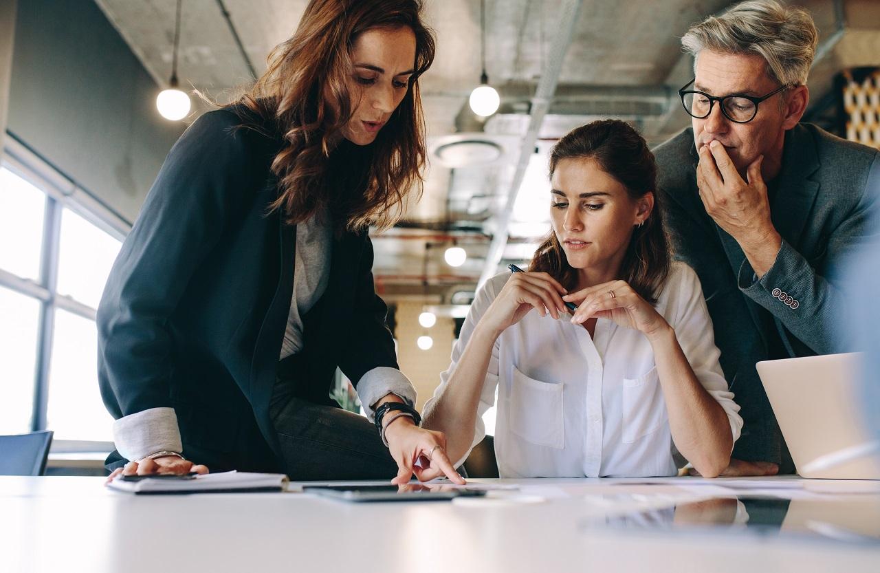 Jak prawidłowo rozliczać wynagrodzenia swoich pracowników?
