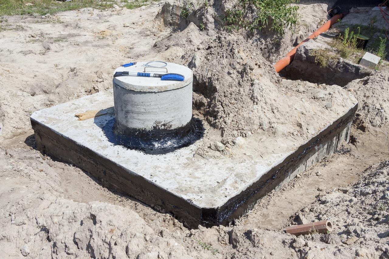 Dlaczego warto rozważyć zakup szamba betonowego?