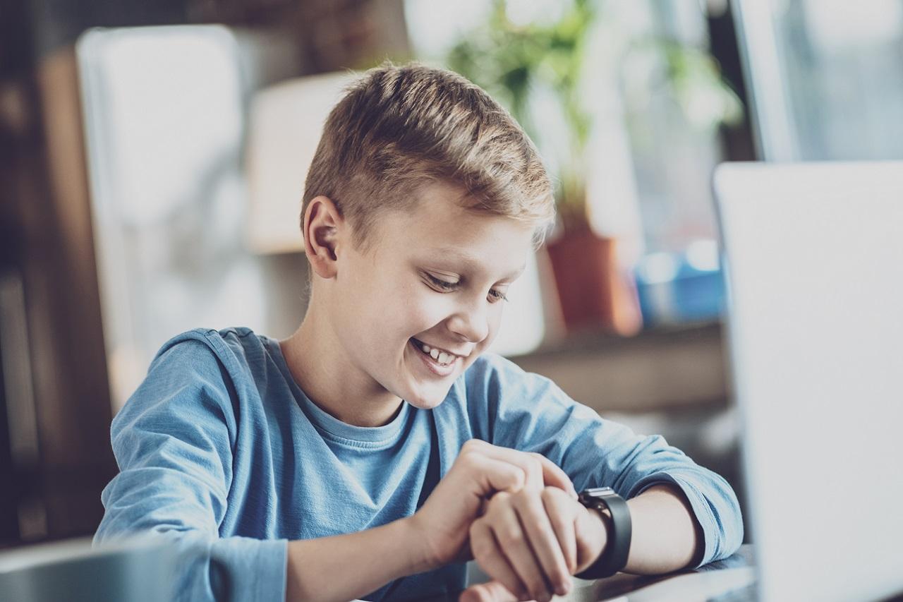 Typy zegarków jakie można kupić dla siebie, jak i dzieci