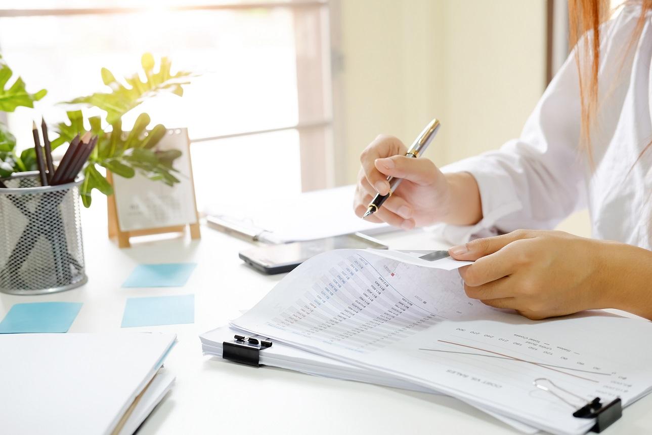 Usługi księgowe – poświęć czas na rozwój firmy, zamiast na rozliczenia