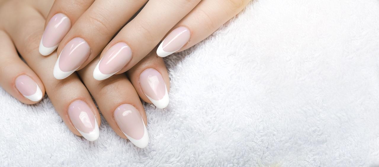 W jaki sposób można zadbać o stan swoich paznokci na co dzień?