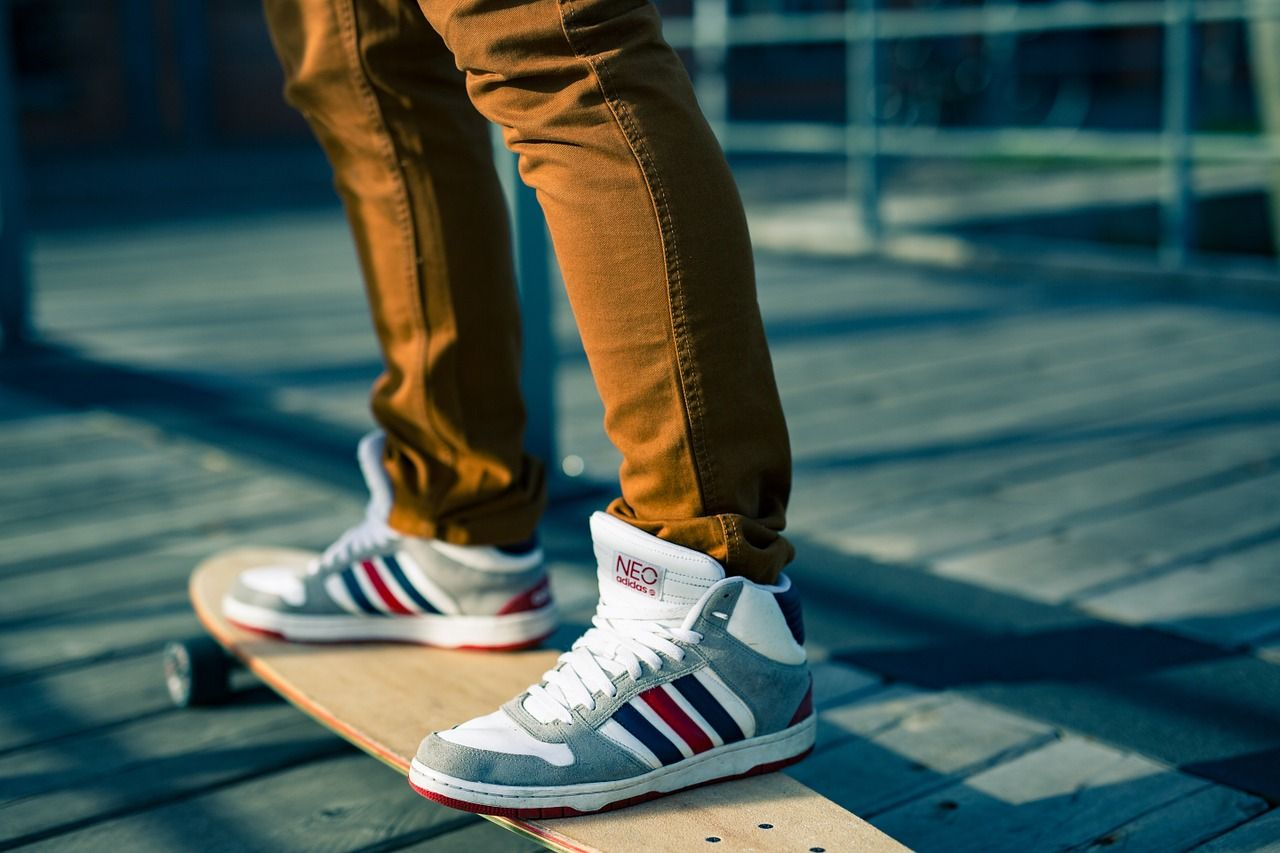 Buty dla mężczyzn na co dzień – na jaki rodzaj obuwia się zdecydować?
