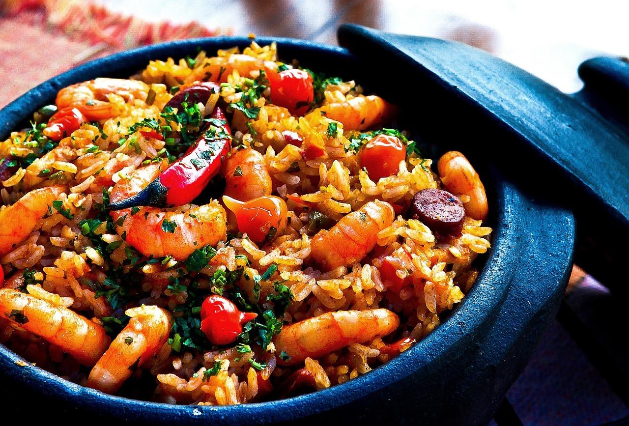 Jakie produkty nadają się do przygotowania szybkiego obiadu?
