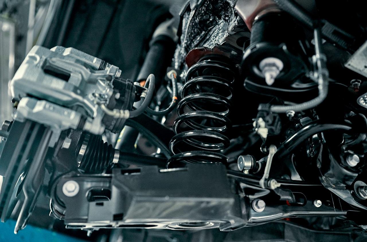 Co można poprawić w samochodzie poddając go tuningowi?