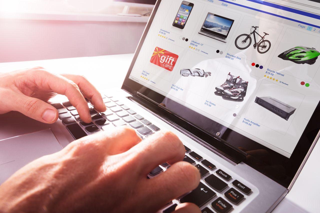 O czym należy pamiętać zakładając sklep internetowy?