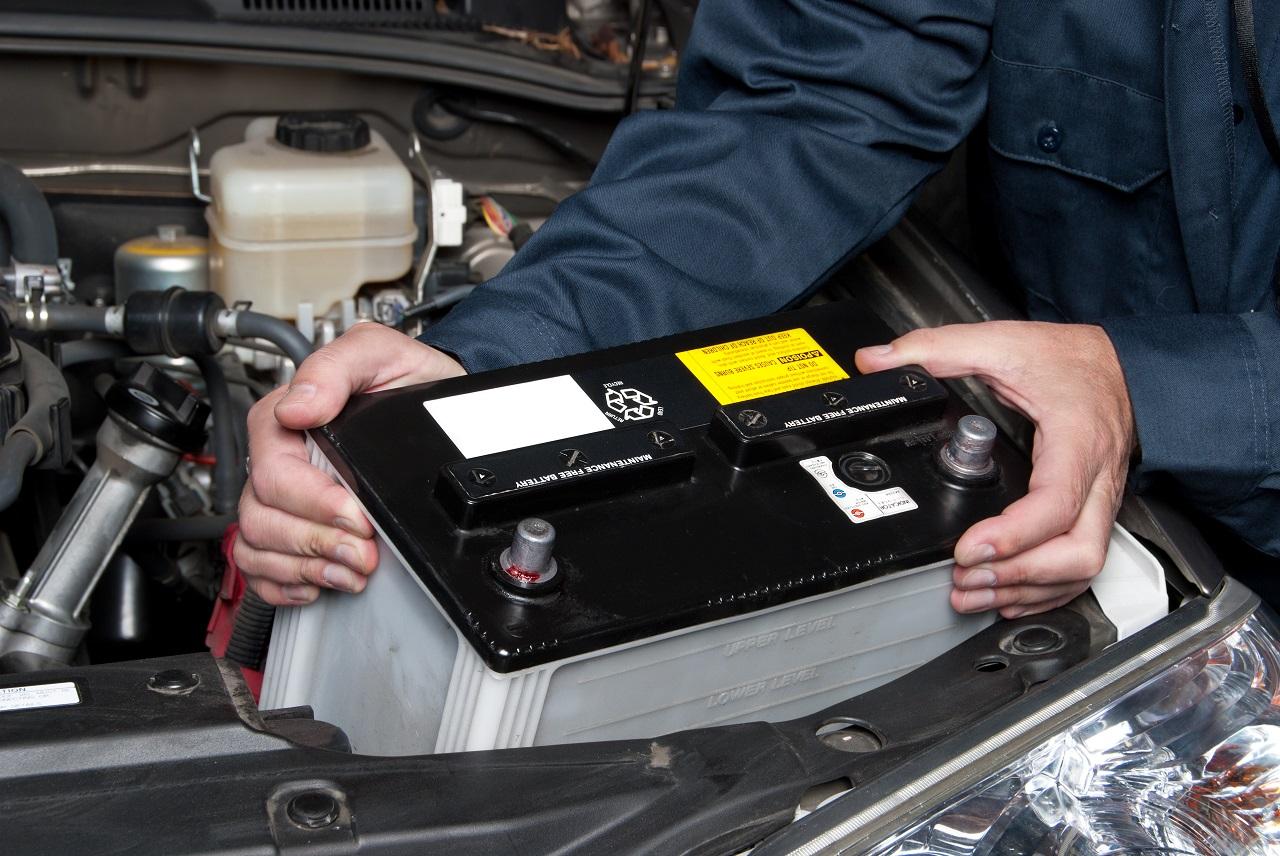 Jakie czynniki wpływają na szybkie zużycie akumulatora w samochodzie?