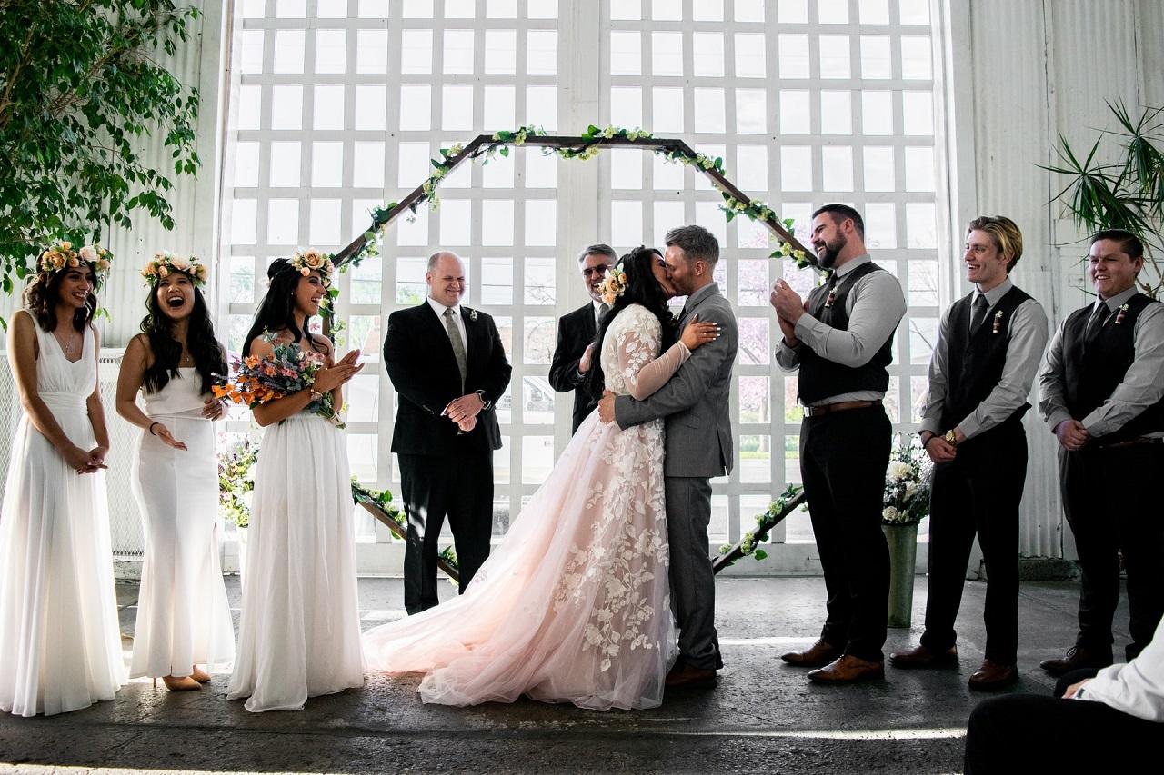 Na co zwrócić uwagę przy wyborze fotografa ślubnego?
